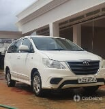 Photo Toyota Innova 2.5 G Diesel 8 Seater